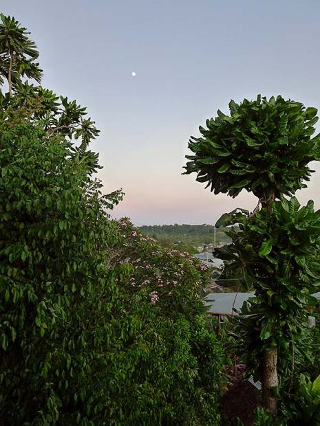Moonset over Gizo