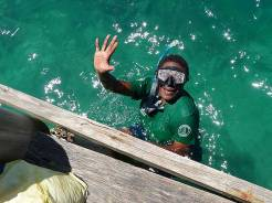 My colleage Rose, snorkelling for the first time... dugong totem nao :)