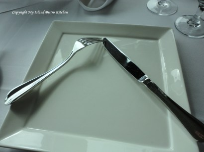 European Style for Placement of Cutlery During Brief Pause in Eating or Short Absence from the Table