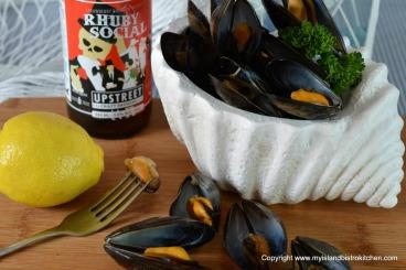 Beer-steamed Mussels