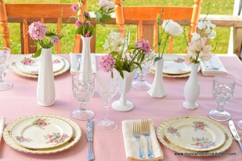 """Pretty in Pink"" Tablesetting"