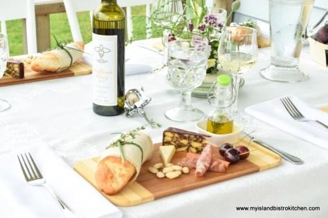 Island Honey Wine Company's Wildflower Honey Mead