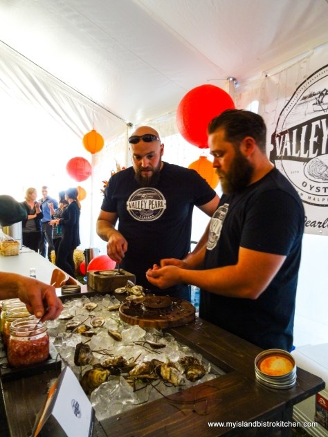 "Shucking Oysters at ""Taste of Tyne Valley"" Event 2017"