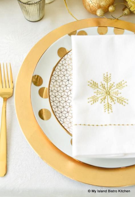 Snowflake Motif Napkin