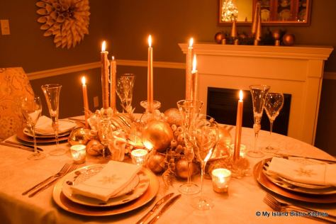 Glamorous Gold Plated Christmas Tablesetting