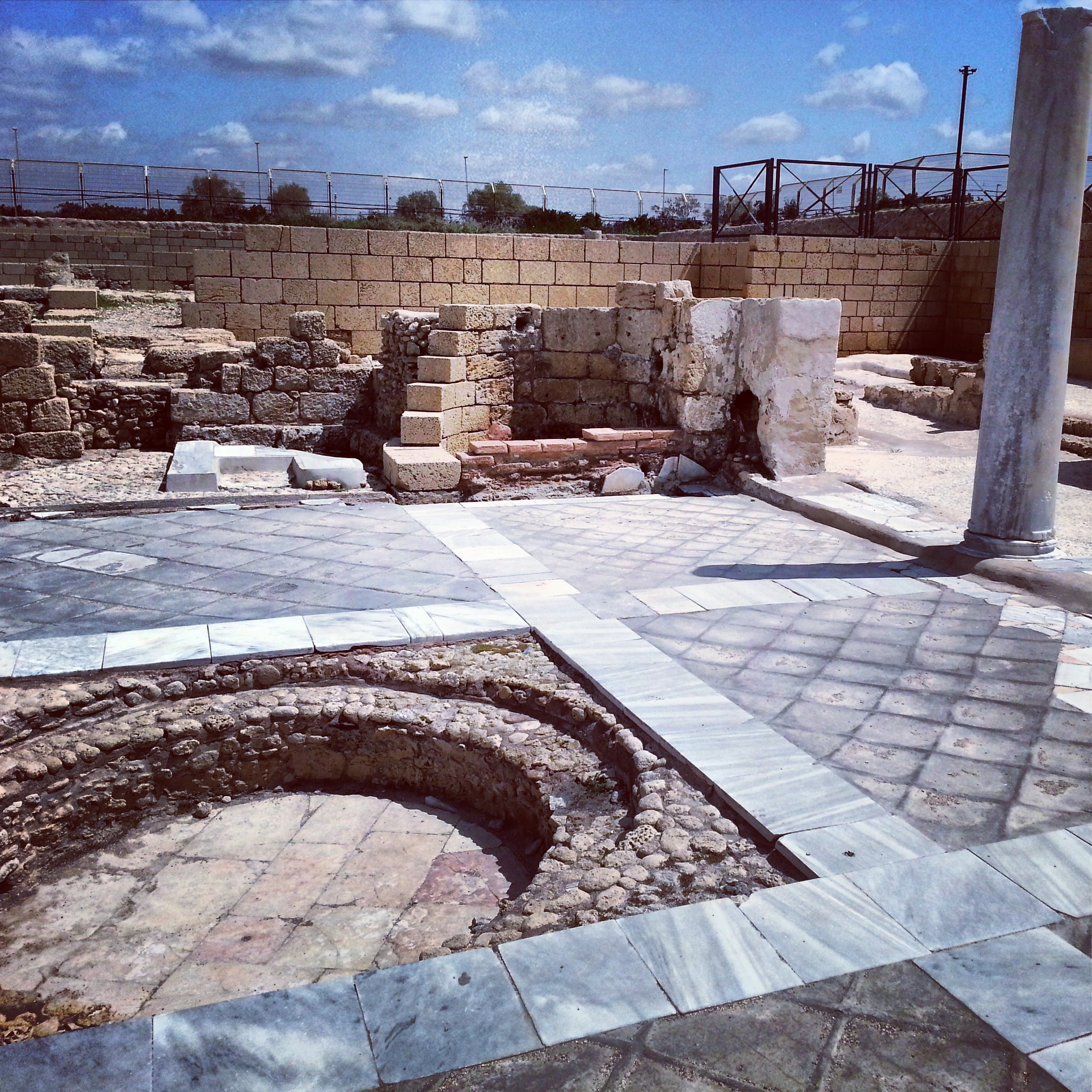 Grandiose bathhouse at Caesarea