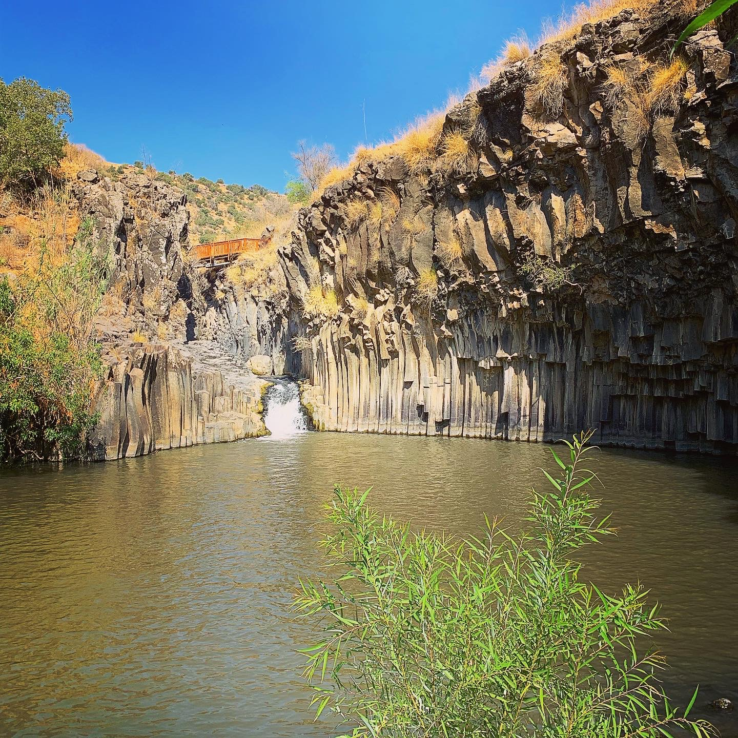 Remarkable geological formations at the Hexagon Pool in the Golan Heights