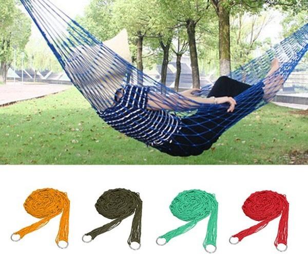Amaca in design a rete Come rilassarsi in giardino con la giusta sdraio