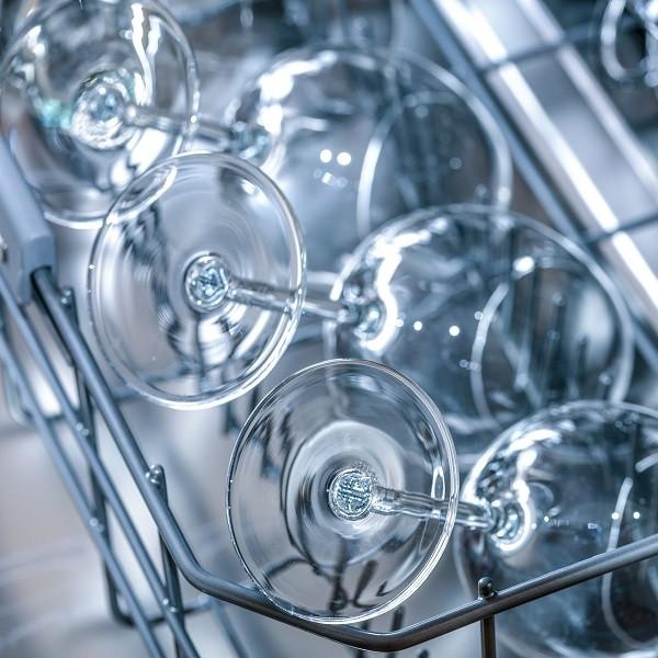 Gli errori più comuni da evitare quando si pulisce casa. Lavastoviglie
