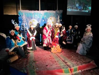 Сказочные герои поздравляют изюмчан