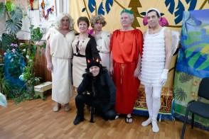 Актеры капустника в Терцентре Изюма