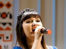 Исполнение украинской песни «Вогонь добра»
