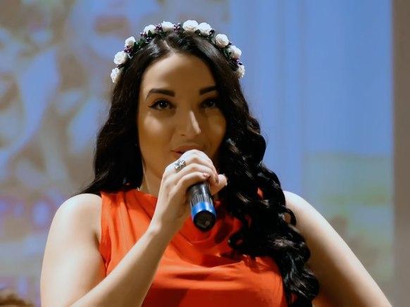Виктория Золотоверхая
