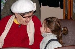 Бабушка, а можно и я буду петь?