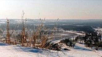 Вид с горы Кремянец на замерший Северский Донец