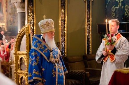 Святейший Патриарх Киевский и всей Руси-Украины Филарет во Владимирском кафедральном соборе возглавил Пасхальные богослужения - полунощница