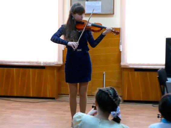 Концерт скрипичной музыки «З Україною в серцi», Детская музыкальная школа Изюма