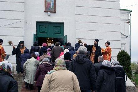 Пасхальный крестный ход прибыл к Крестовоздвиженскому храму