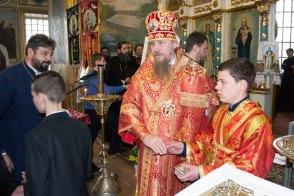 Всем участникам крестного хода было предложено Пасхальное угощение.