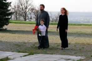 Мемориал павшим героям ВОВ на горе Кремянец в Изюме, Харьковская область