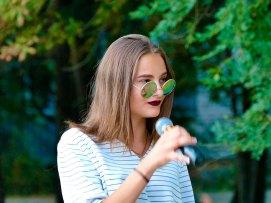 Исполнила песню «Не забудь» (слова и музыка — Ярослав Виджак)