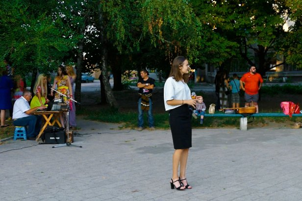 Изюм, площадь у памятника Волоху, 23 августа 2018 года
