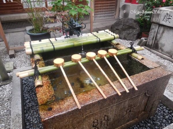 japan_shinto_purification