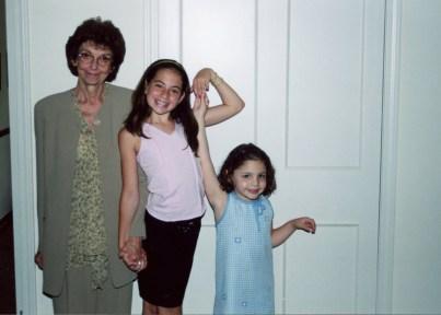 Grandma Gail, Hallie and a cutie cousin.