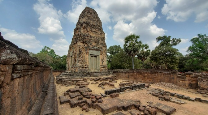Angkor archeological park- self guided