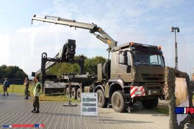 The Swiss Army Iveco Trakker AT-N 410 W-5 10x8/6 Verlegewagen 5-Achsig zu Üstu Brü 46m DSB at AIR14, Payerne, September 2014.