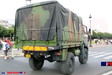 French Army Renault TRM 2000 of the 4e Brigade AéroMobile (4e BAM), Esplanade des Invalides, Paris, July 14, 2009.