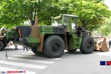 French Army Zettelmeyer ZL 3000F MPG wheeled loader of the 19e Régiment du Génie (19e RG), Place de la Nation, Paris, July 14, 2009.