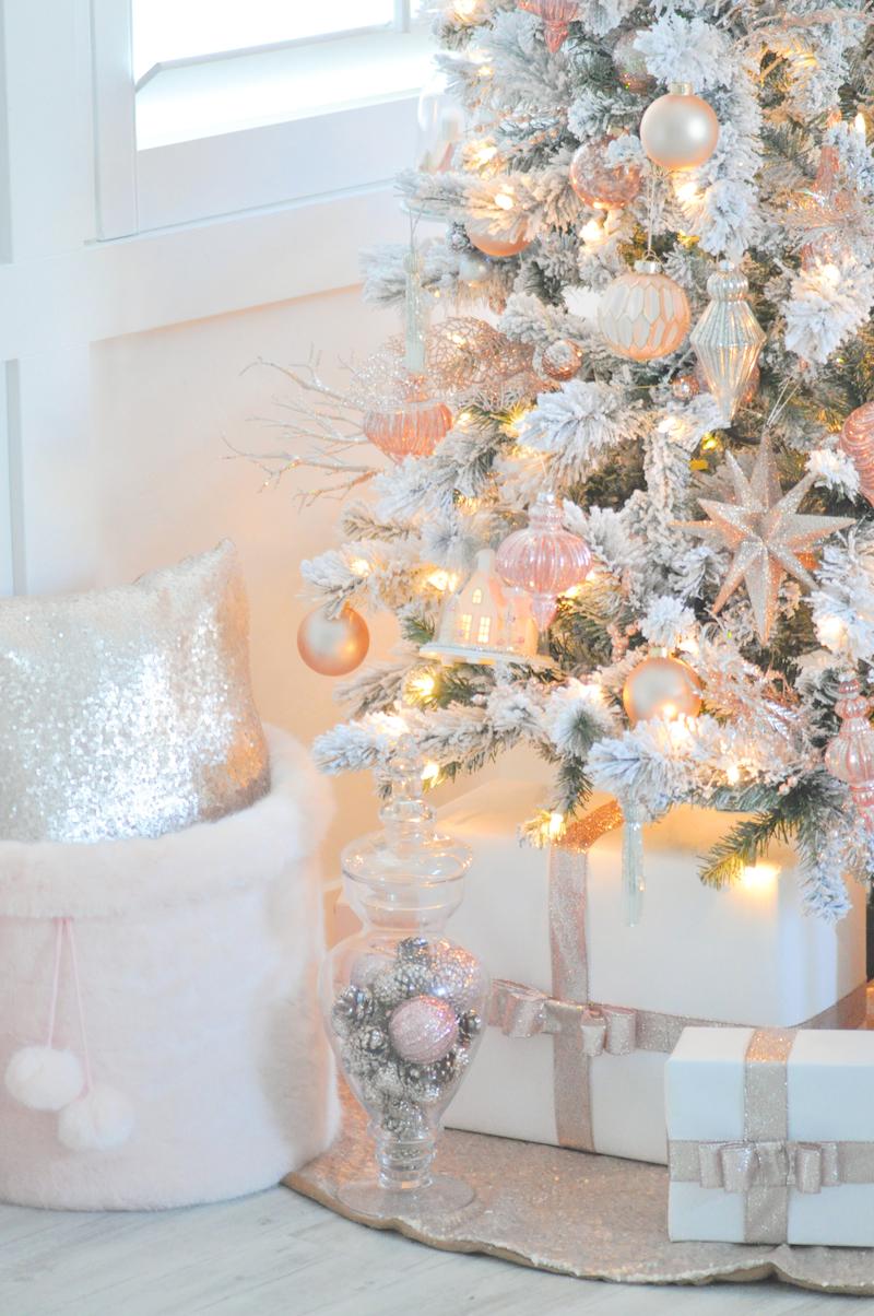 Rose Gold Decorations On Christmas Tree Novocom Top