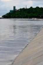 La Playa Ha Desaparecido - The Beach Has Disappeared