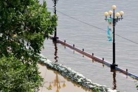 Las barreras apenas retienen el agua - The barriers barely retain the water