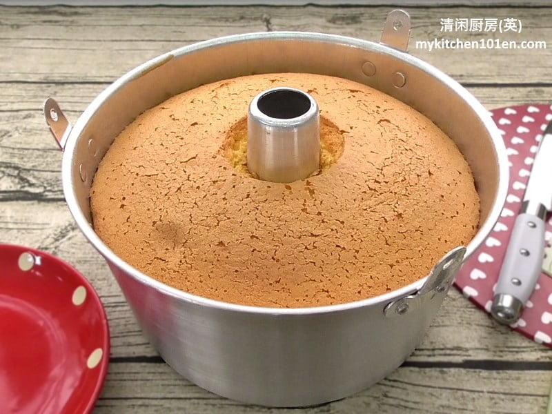 orange-chiffon-cake-mykitchen101en-feature1