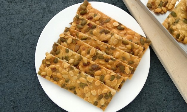 Thin and Crispy Melon-Pumpkin Seeds Brittle