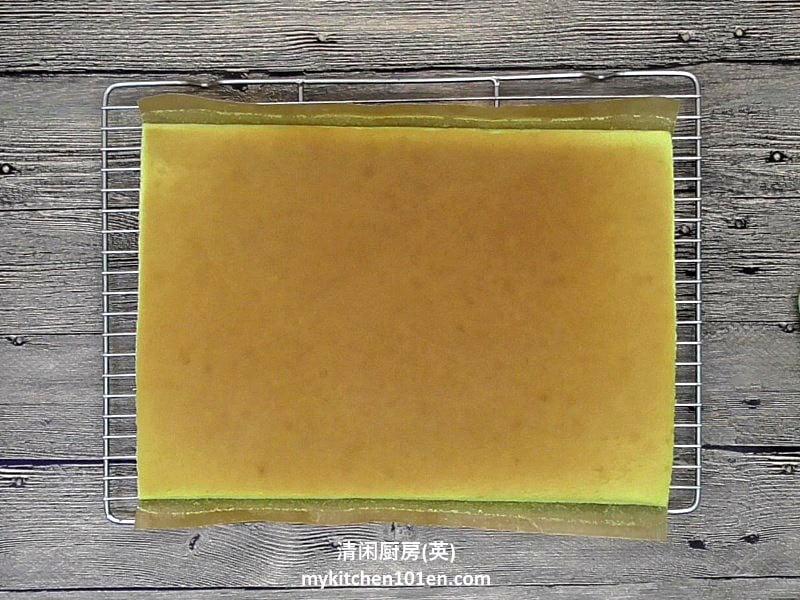 Pandan Swiss Roll Cake