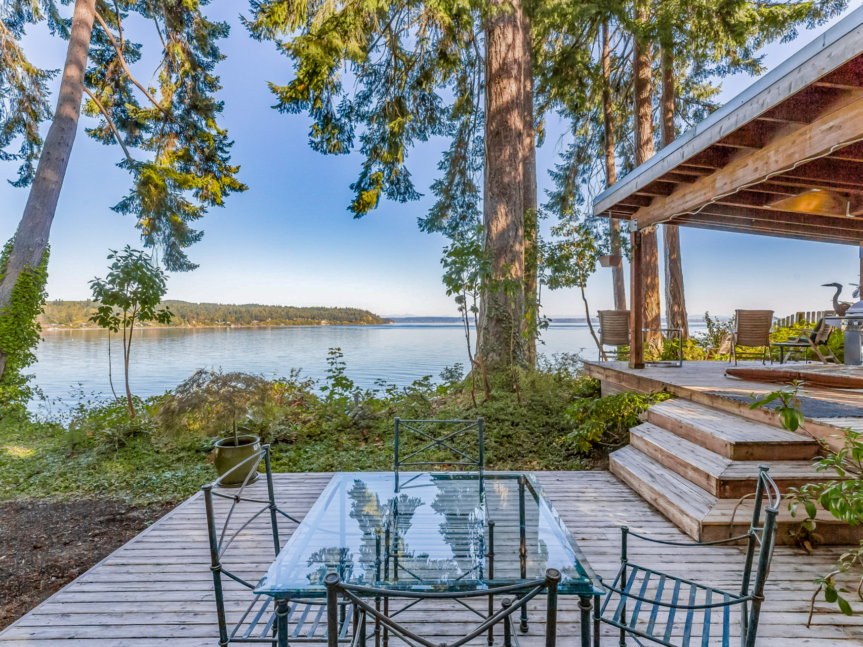 Waterfront Pu Sound View Home in Suquamish for sale