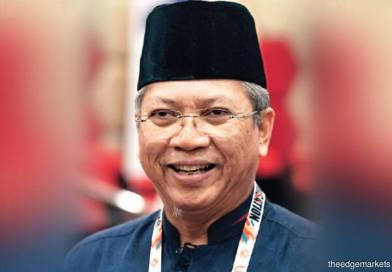 """""""Najib Beban"""" – Apa Pun, Annuar Musa Perlu Minta Maaf/Beri Penjelasan"""