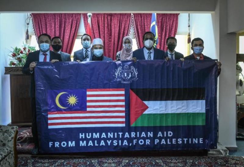Ebit Lew tiba di Mesir dalam misi bantu rakyat Palestin