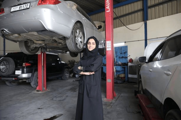 Mekanik Kenderaan Kaum Hawa Pertama UAE