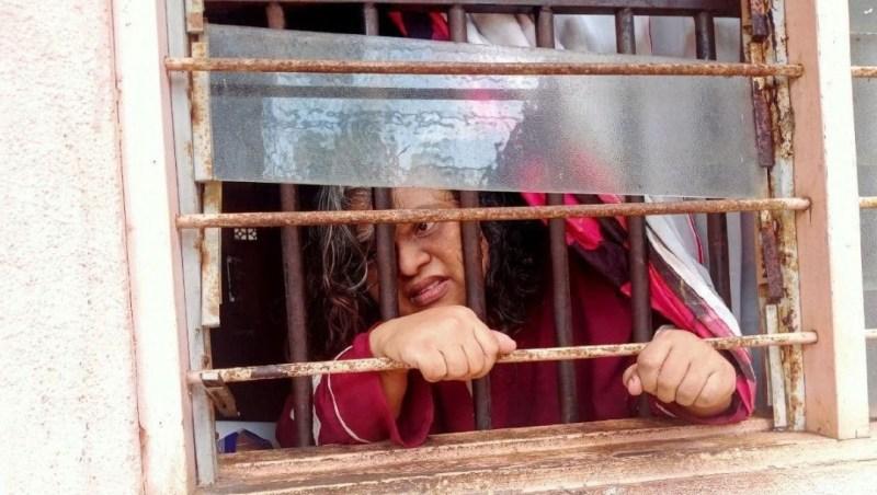 Berkurung dalam rumah lepas ditinggalkan suami warga asing