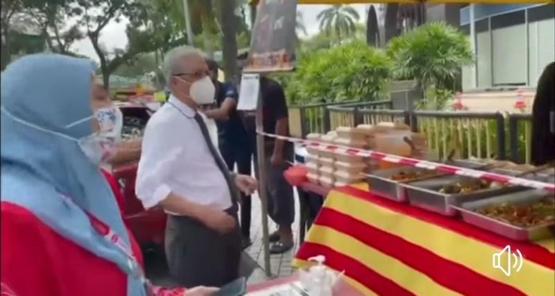Selepas tutup pintu, Ismail Sabri naik status nasi ayam goreng kunyit