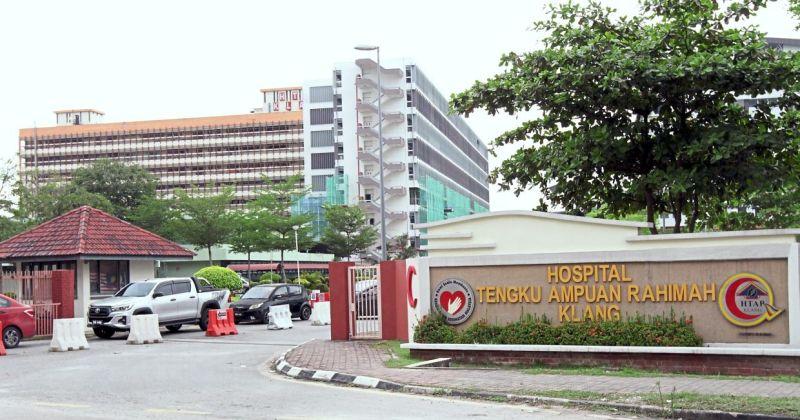 Doktor ditumbuk di wad Covid-19 - Hospital Klang