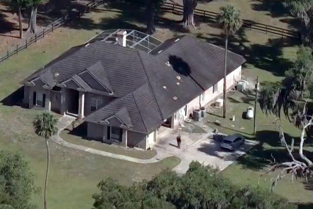 Kanak-kanak berbalas tembakan dengan polis menggunakan AK 47 selepas pecah masuk rumah