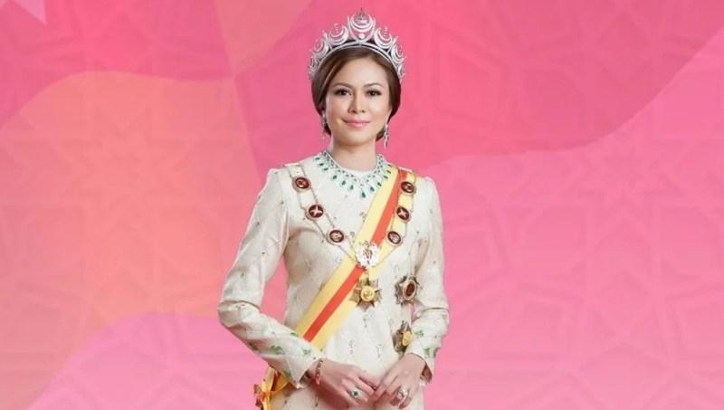 Tengku Permaisuri Norashikin sambut ulang tahun kelahiran ke-50, kekal awet muda