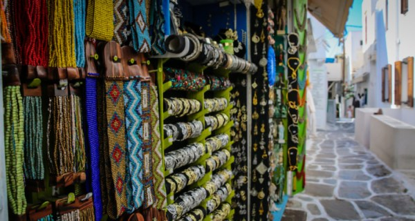 10 Reasons to go to Mykonos - shopping