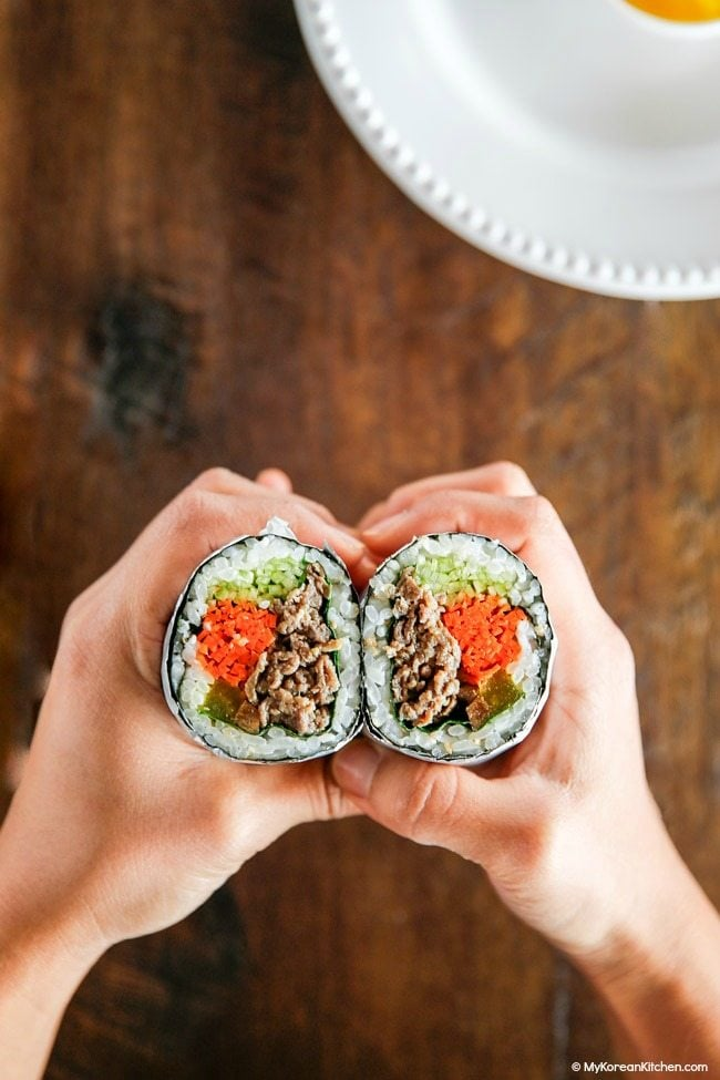 Bulgogi Kimbap - Sushi Burrito Style   MyKoreanKitchen.com