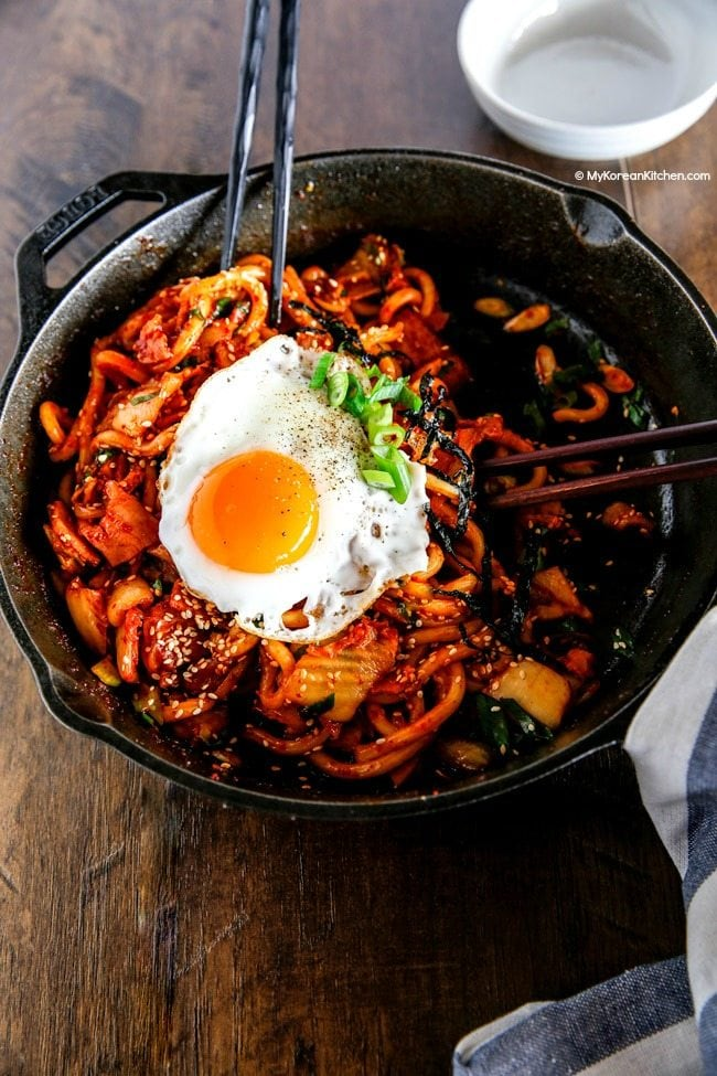 How to make Kimchi udon noodle stir fry | MyKoreanKitchen.com